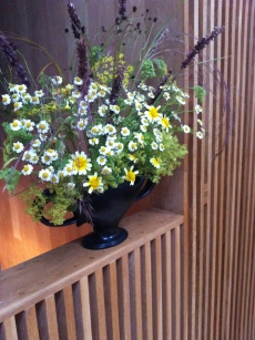 Practical flower arranging